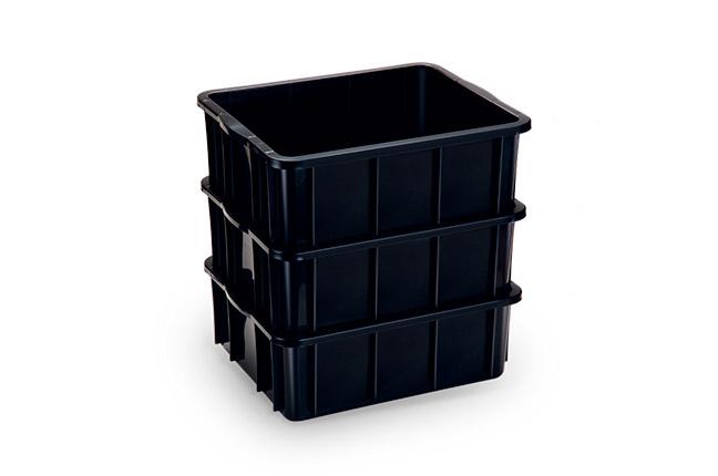 caixas empilháveis preta