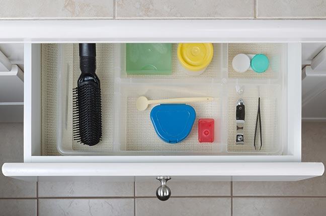 Organização das Gavetas do Banheiro