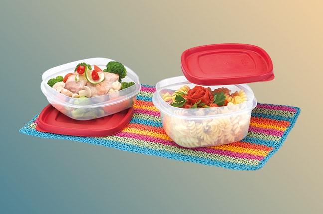 alimentos em potes plasticos