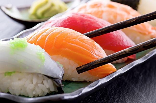 Como prolongar a vida útil de alimentos da culinária oriental em potes plásticos e outras curiosidades